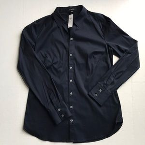 NWT Ann Taylor Navy Button-Down Fitted Blouse Sz 8